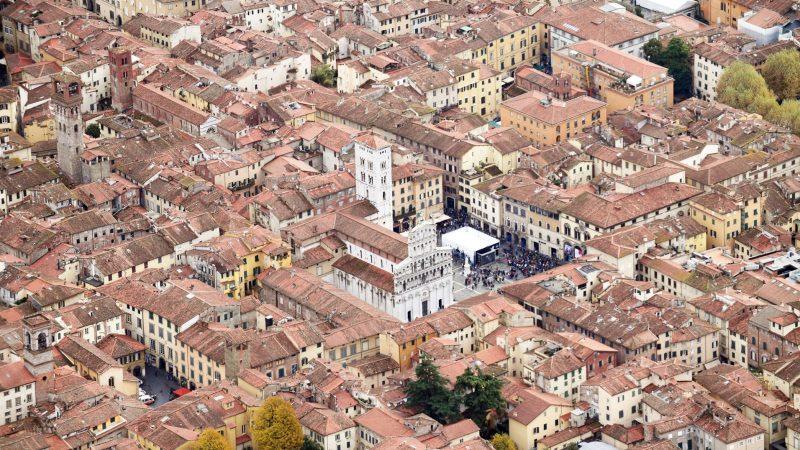Lucca cambia e si fa in quattro